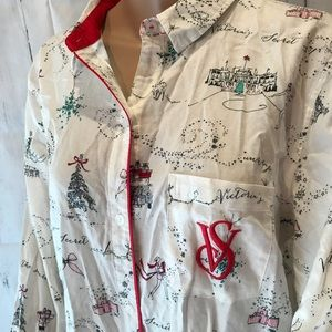 Victoria's Secret M NYC Christmas shopping pajama